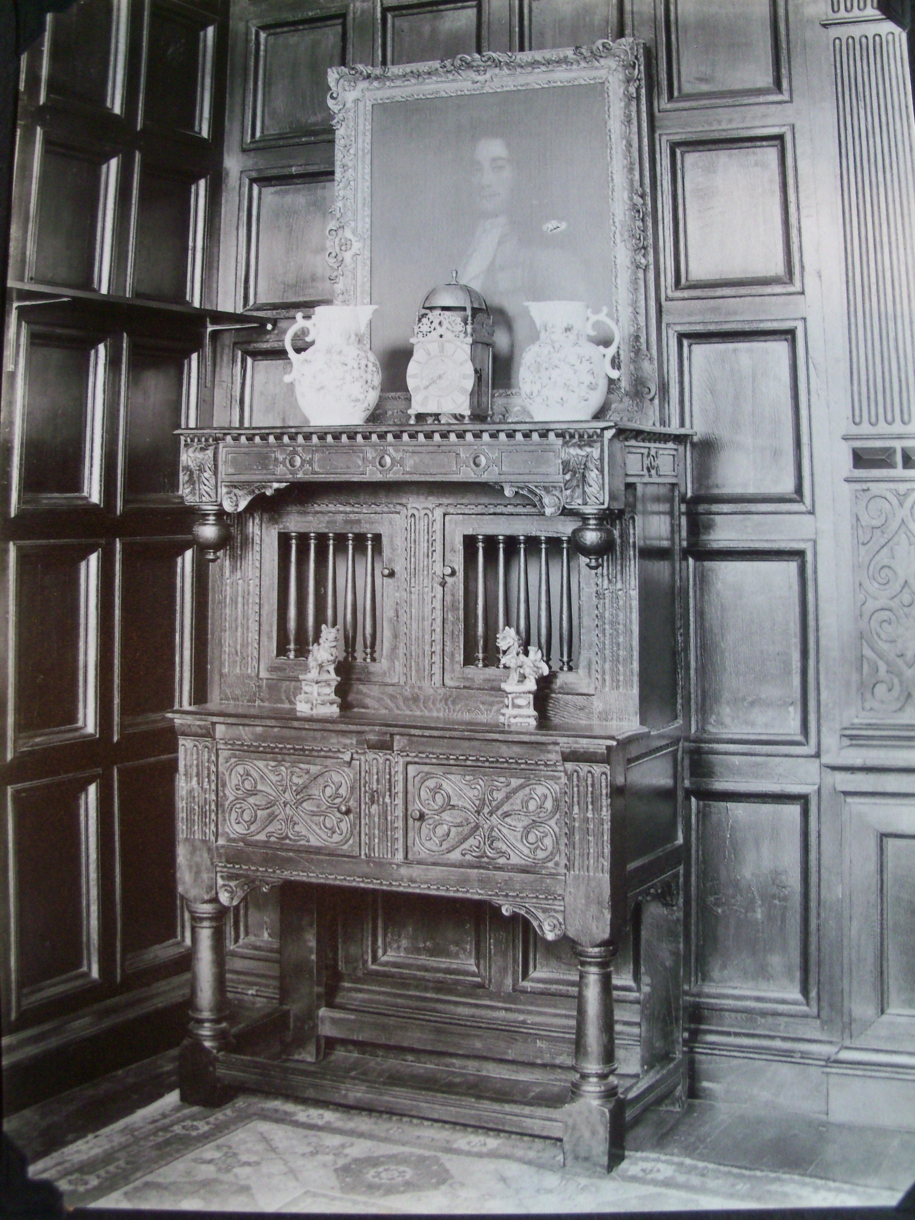period furniture suppliers