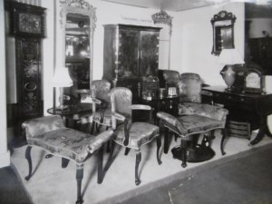 Chalmers and Baxter stand GH 1934