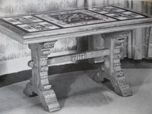 burges table